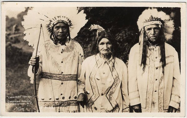 an overview of the native people of northeastern arizona the pueblo people Definitions ancestral pueblo ancestral pueblo peoples are the ancestors of the people living in the 19 modern new mexico pueblos and at hopi in northeastern arizona.